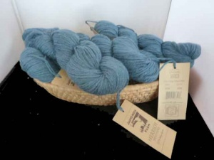 Juniper Moon Farm Herriot #1019, Dark Teal Heather