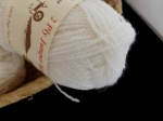Jamieson & Smith 2 Ply Jumper Yarn #001, White