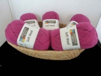 SMC Soft Wool #036, Fuchsia