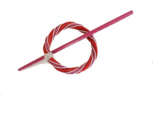 Rattan and Wire Red and Cerise Circular Shawl Pin Set