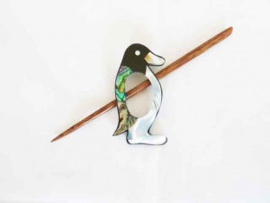 Penguin Shell Shawl Pin Set