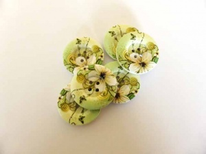 Green and Cream Flower Buttons