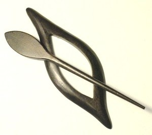 Pollika Autumn Shawl Pin - Slate
