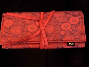 Mili Silk Circular Needle Case - Red