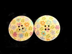 Wooden Pastel Floral Buttons