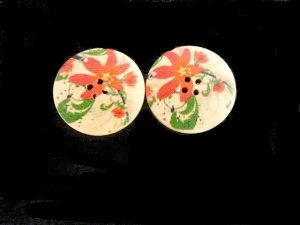 Wooden Red Lily Floral Buttons